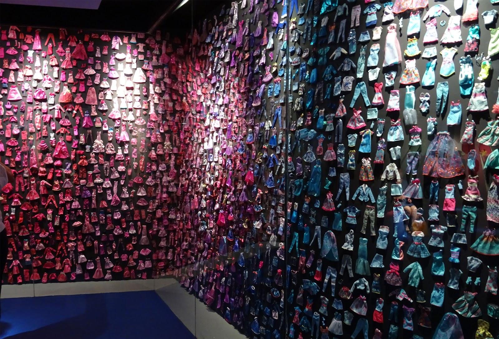 Exposition Barbie Musée des Arts Décoratifs Barbie vêtements