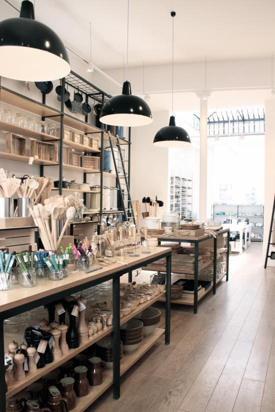 un due tre ilaria shopping design la tresorerie paris. Black Bedroom Furniture Sets. Home Design Ideas