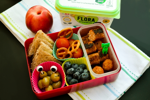 WEDNESDAY - vegan kids lunch box
