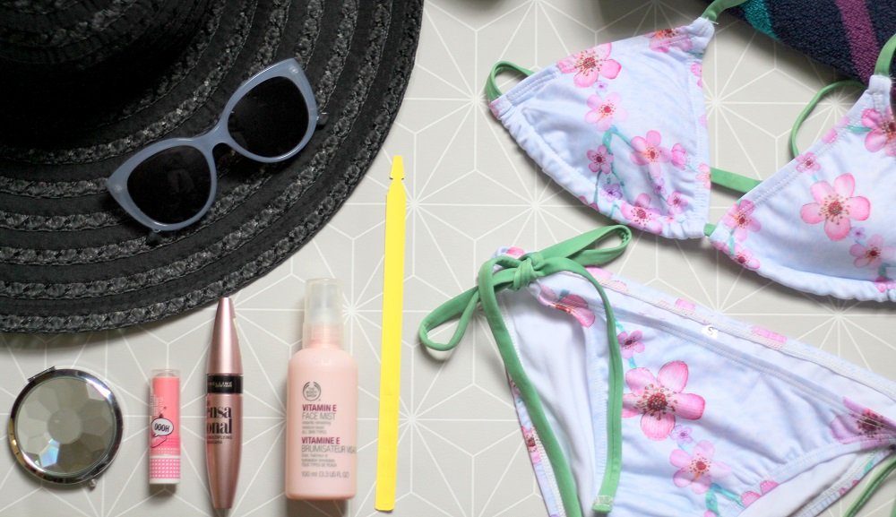 peexo fashion blogger beach essentials and giveaway