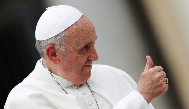 Πάπας Φραγκίσκος: «Η Ιταλία και η Ελλάδα ήταν ιδιαίτερα γενναιόδωρες στην υποδοχή μεταναστών»