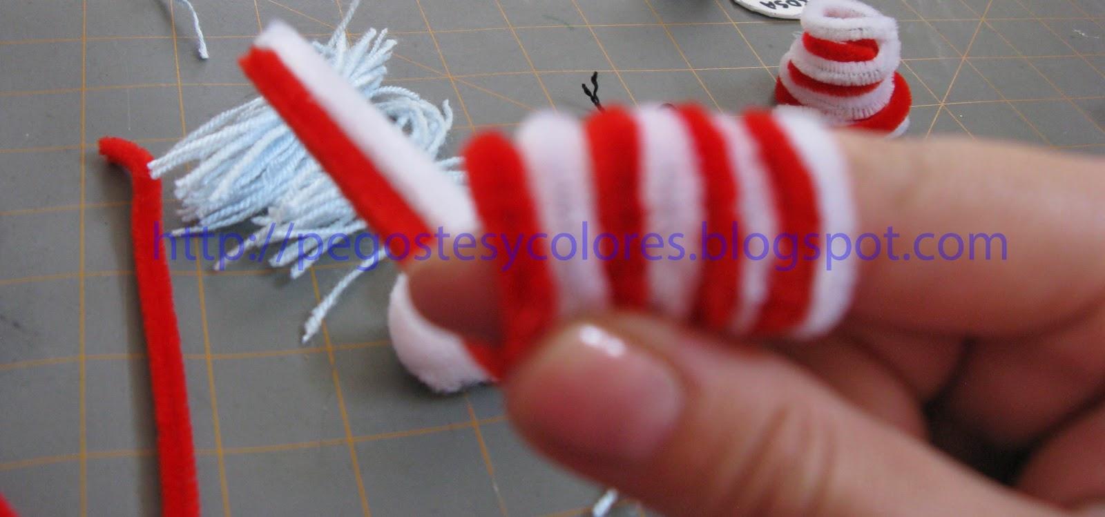 Pegostes y Colores: Titeres de Limpia Pipas de El Gato Ensombrerado