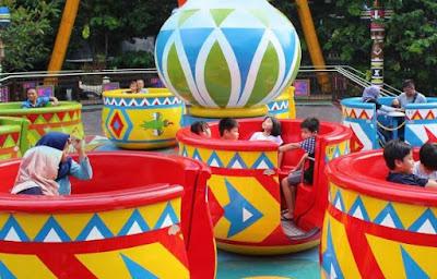 Dufan atau Dunia Fantasi adalah tempat hiburan yang super lengkap di Ancol Jakarta. Apalagi di awal tahun baru 2020 ini banyak yang ingin menghibur di Dufan ini. Nah berikut ini adalah daftar promo Dufan Tahun Baru 2020 Lengkap Terbaru serta Harga Tiket  Masuknya.
