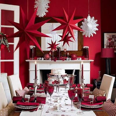 tavola natalizia classica in rosso