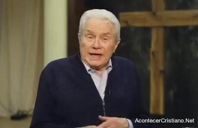 Evangelista Luis Palau anuncia que está enfermo de cáncer