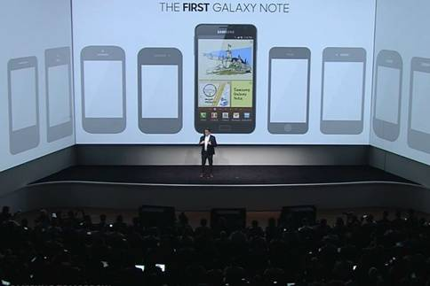 Justin Denison Memaparakn Galaxy Note 5