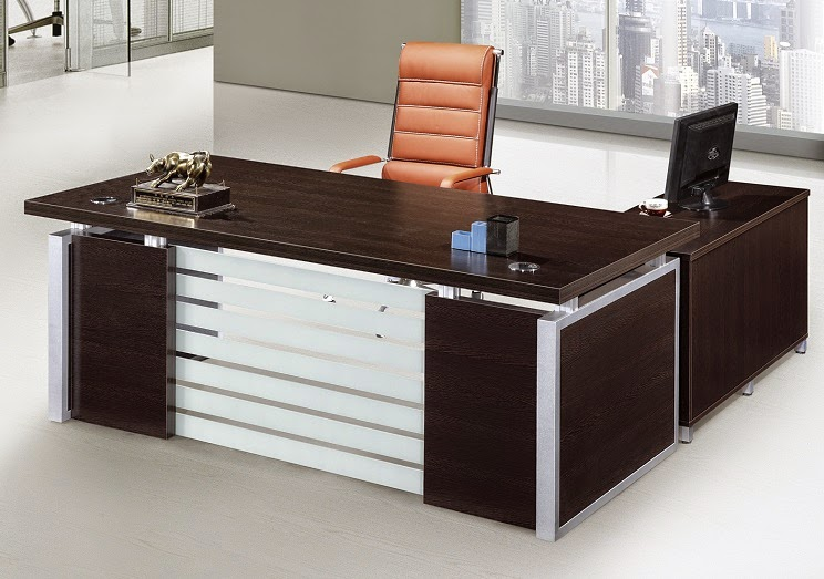 L Shaped Desks These Save E And Are A Common Piece Of Office Furniture Dubai It Can Be Used For Seating Multiple People Occupies Less