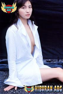 Foto-Model-Sexy-Ryoko-Hirosue-5