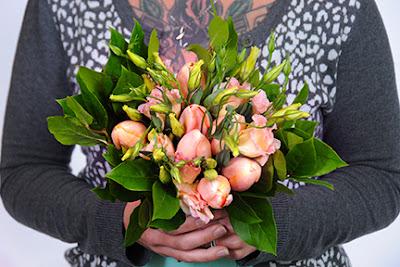 millennial wedding bouquet