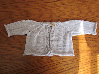 Gilet bébé frimousse - Tricot pour les tout-petits et pas que ! - 2 mois et préma.