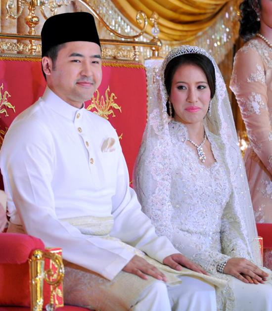 Gambar Pernikahan Nooryana Najwa - Daniyar Kessikbayev