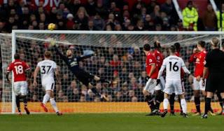 Manchester United vs Burnley 2-2