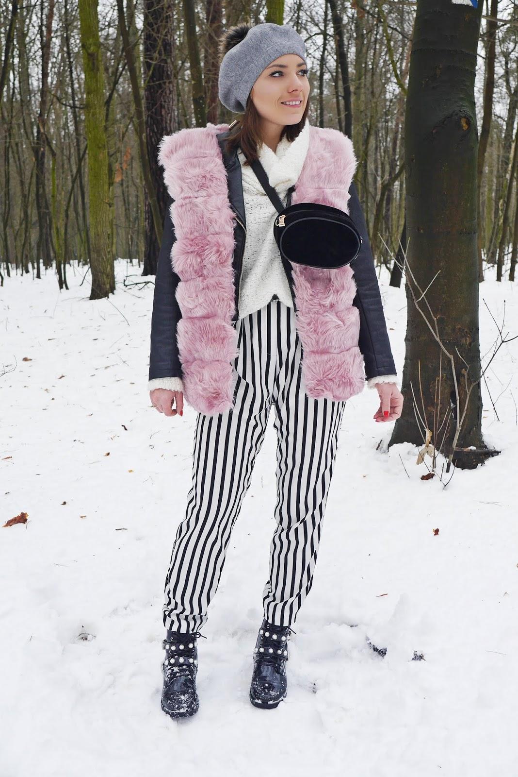 spodnie w paski różowa kamileka renee biały golf czarna ramoneska karyn blog modowy blogerka modowa modowe stylizacje