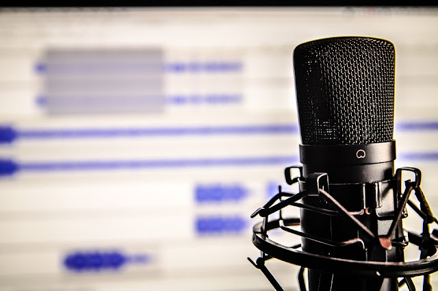 Why Podcasting Is a Trend Marketers Need to Follow