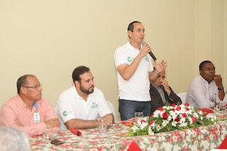 Discurso y presentación encuentro con los medios Khoury 2017