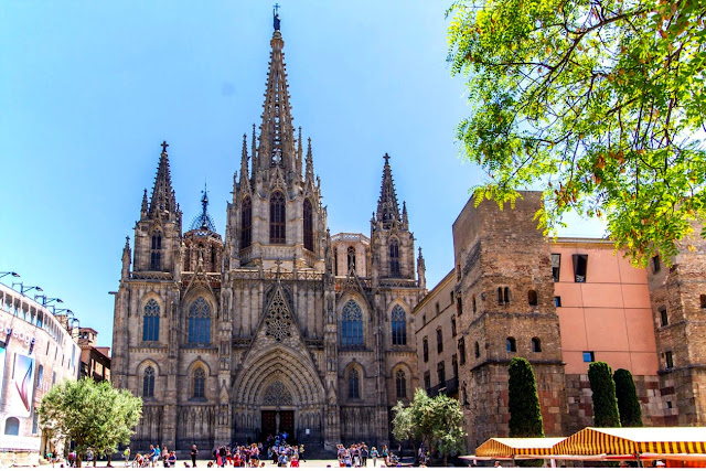Catedral de Barcelona ca.2017.