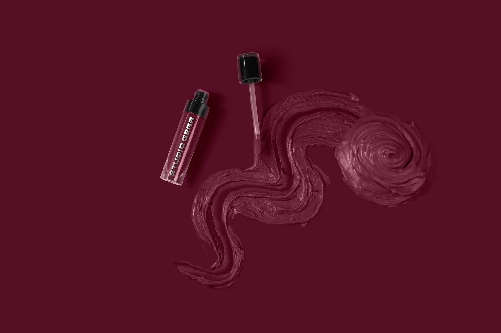 Review Studio Gear True Whpiped Stain Gloss Staingloss Tendencies Pocket Tshirt Logo Misty Moroon Maroon Xxl Cosmetics Is A Prestigious Brand Featuring Full Collection Of Professional Makeup Brushes Revolutionizing Complexion Formulas And