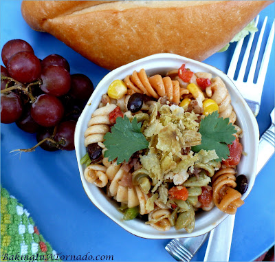 SW Ranch Picnic Salad, a side salad perfect for any cookout. Quick, 4 ingredient dressing for this make ahead side dish | Recipe developed by www.BakingInATornado.com | #recipe #SideDish.