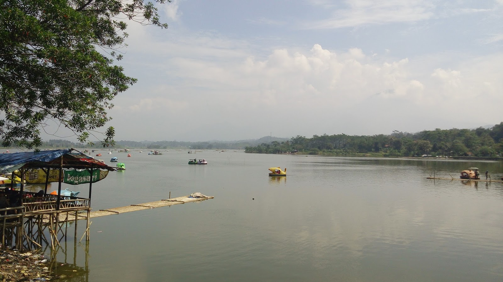 Raritavi Tour And Travel Tempat Wisata Situ Bagendit Garut Indonesia