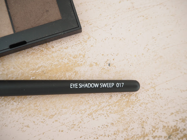 Gosh eyeshadow brush