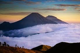 Gunung Sindoro (3.150 MASL)