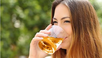apple cider vinegar,apple cider vinegar benefits,apple cider vinegar uses,health benefits of apple cider vinegar,apple cider vinegar weight loss,