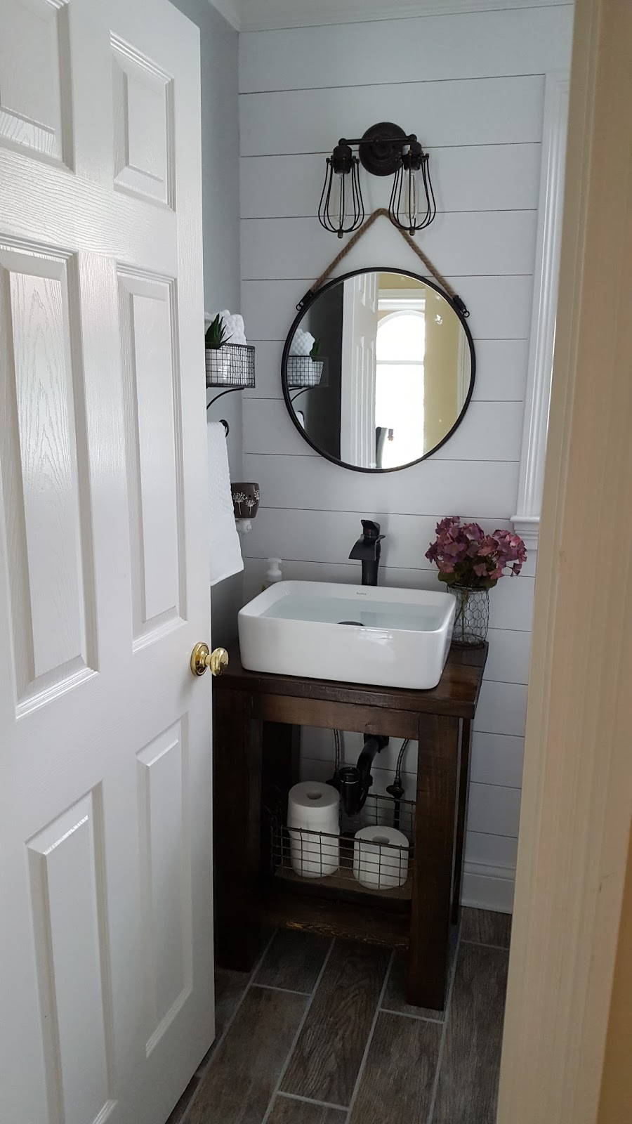 Diy bathroom reno for I need to redo my bathroom