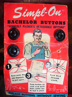 AllThingsVintage Simpl-On Bachelor Buttons on Card