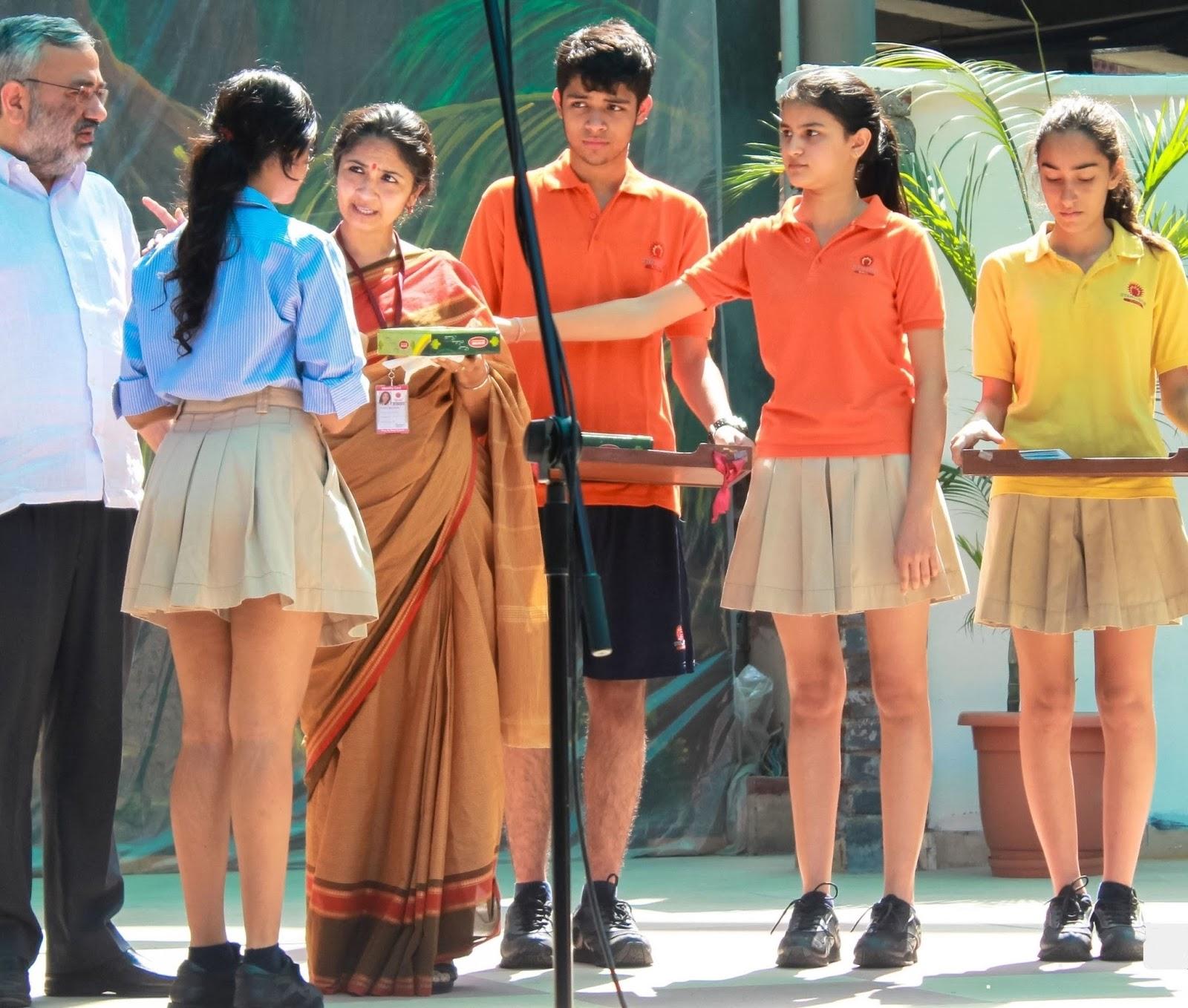 Delhi schoolgirls nudefucking 11