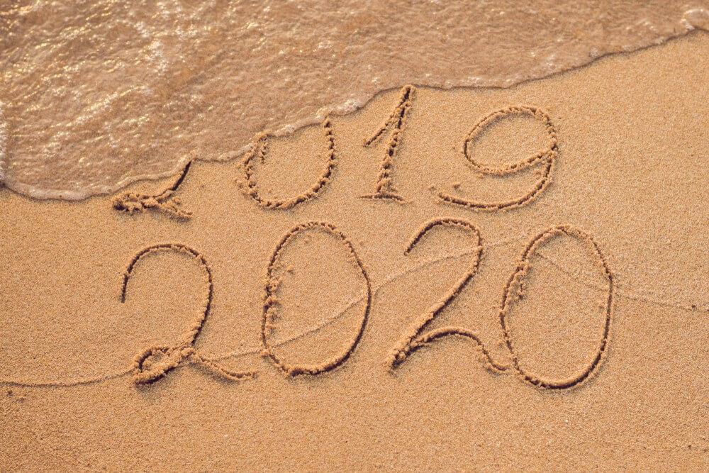 Happy New Year Wallpaper 2020, White Sand