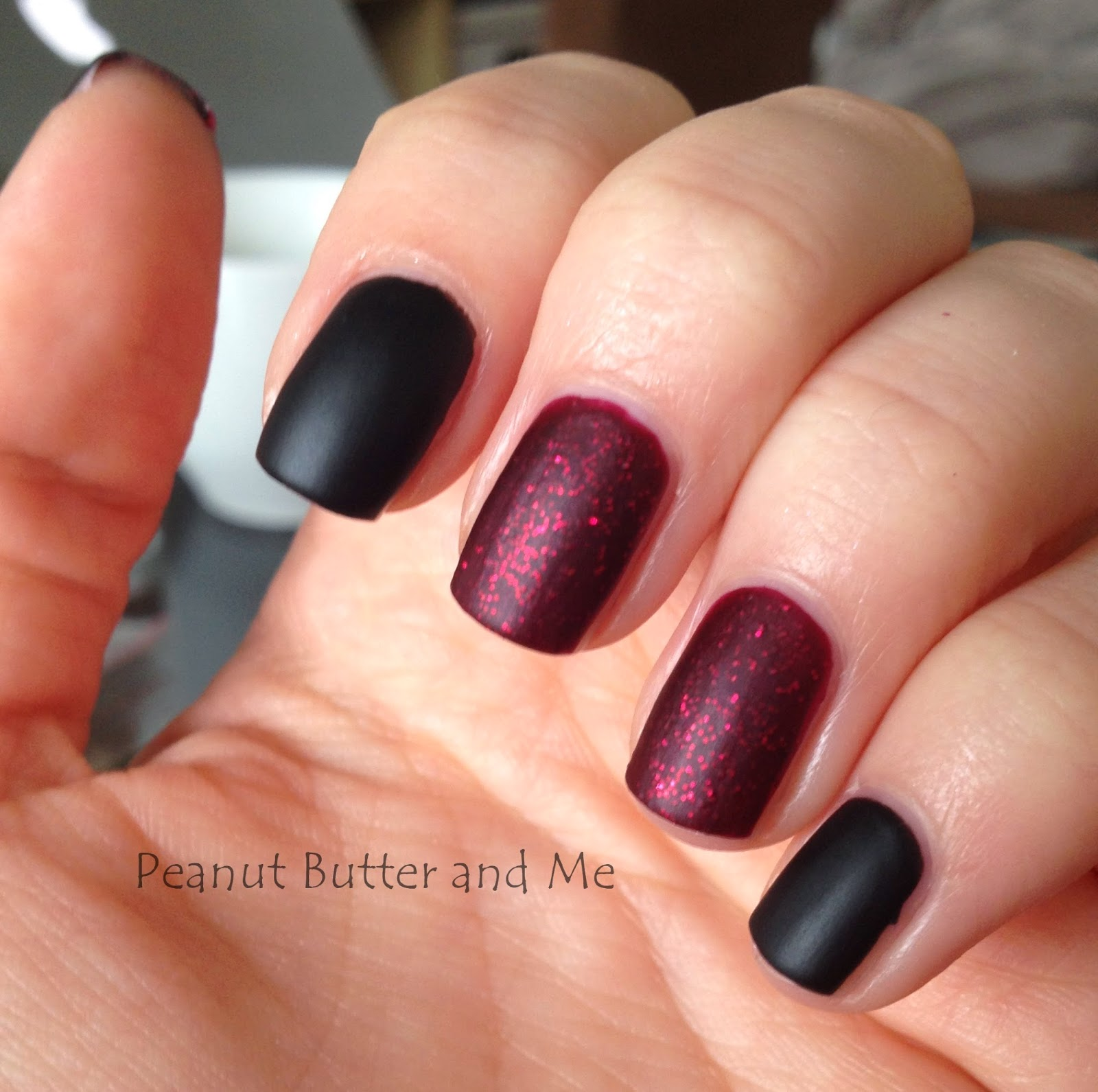 Essie Toggle To The Top matte polish nails