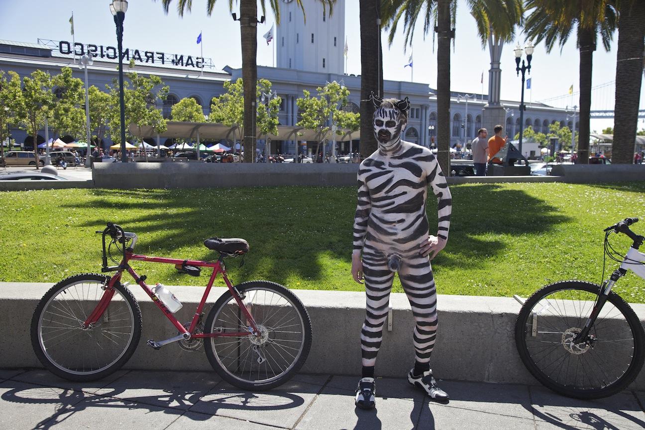 World Naked Bike Ride Toronto 2013 - YouTube