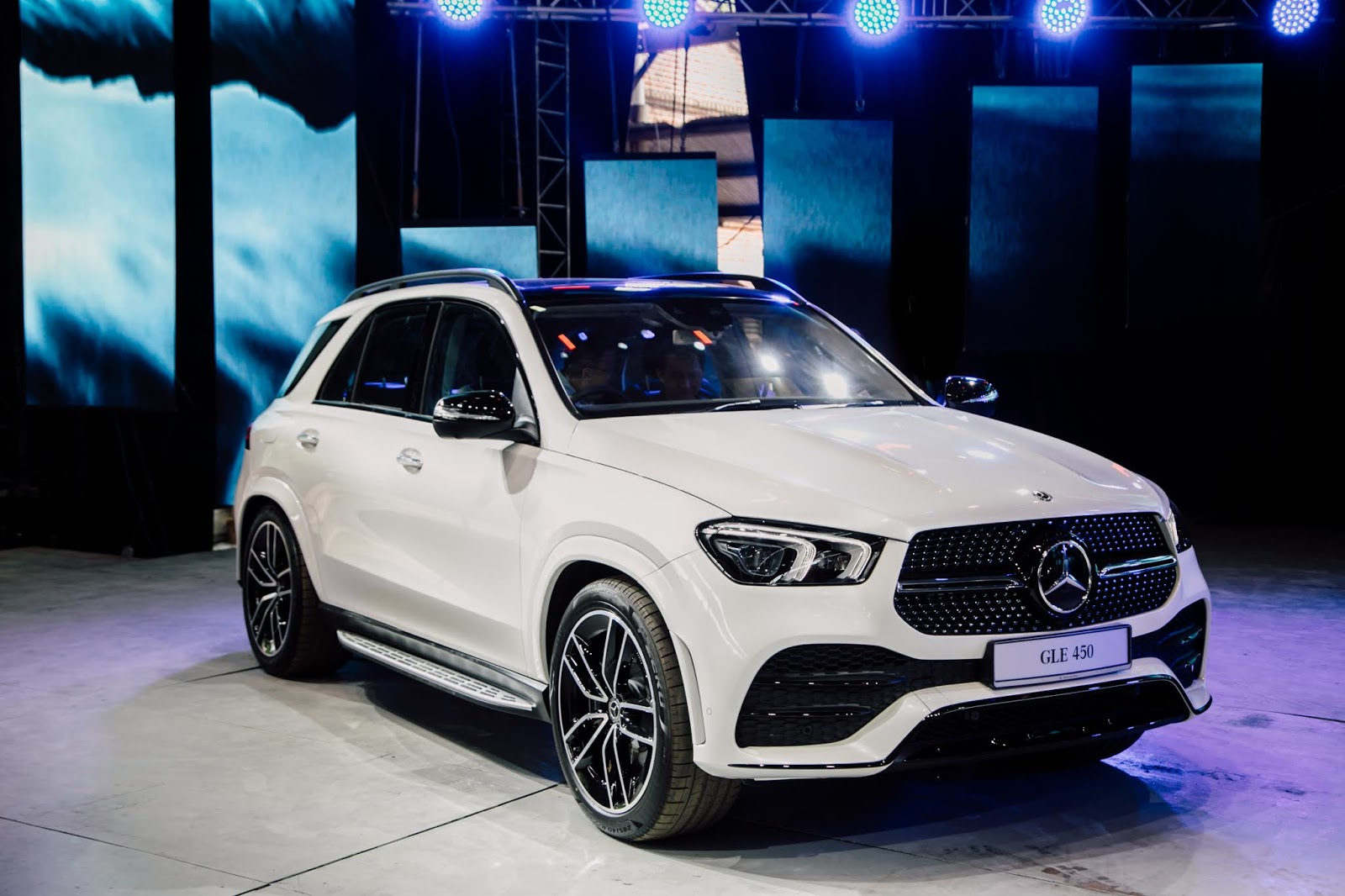 Motoring-Malaysia: The 2019 Mercedes-Benz GLE 450 AMG Line ...