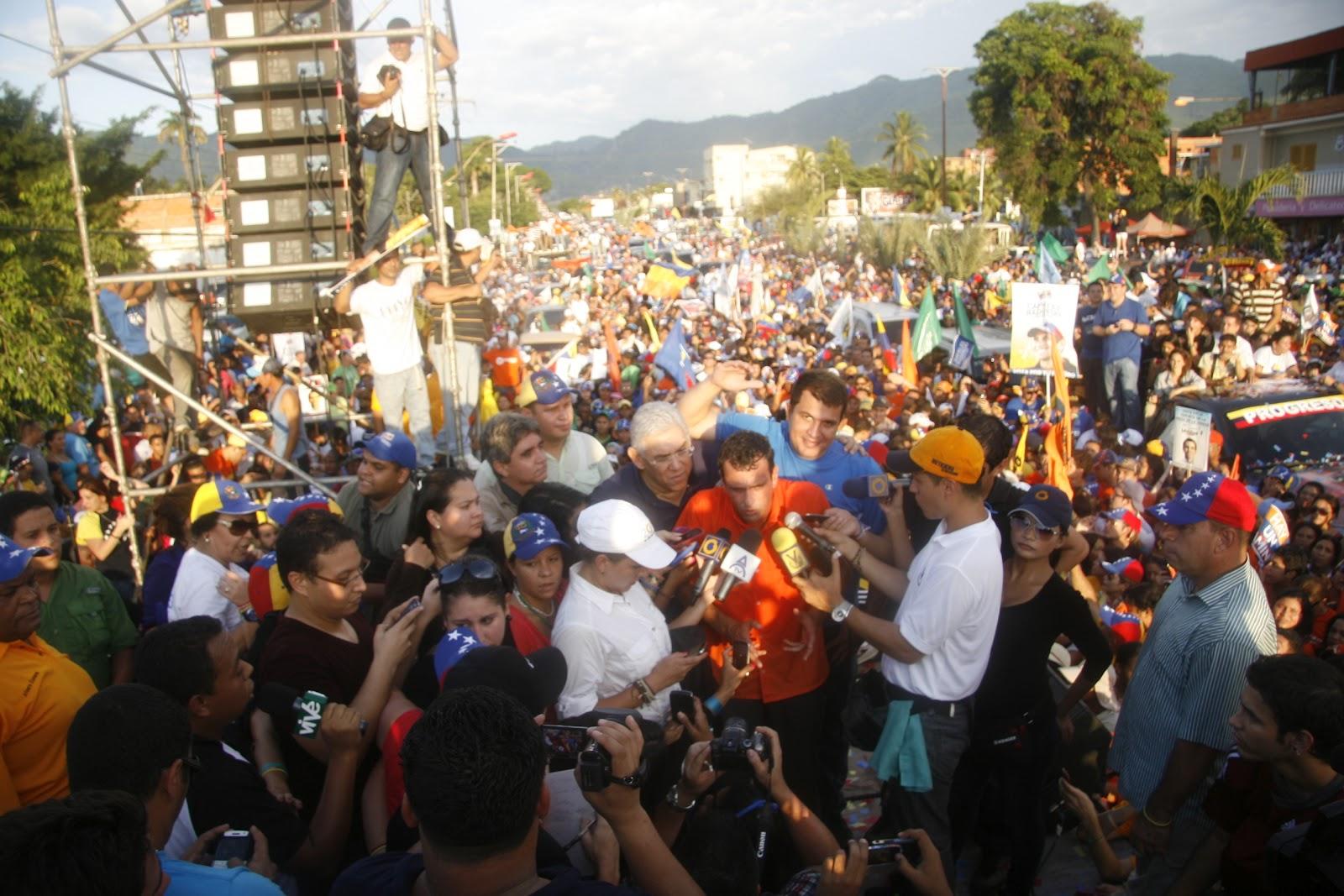 El Tricolor Y El Vinotinto Tomaron Puerto La Cruz
