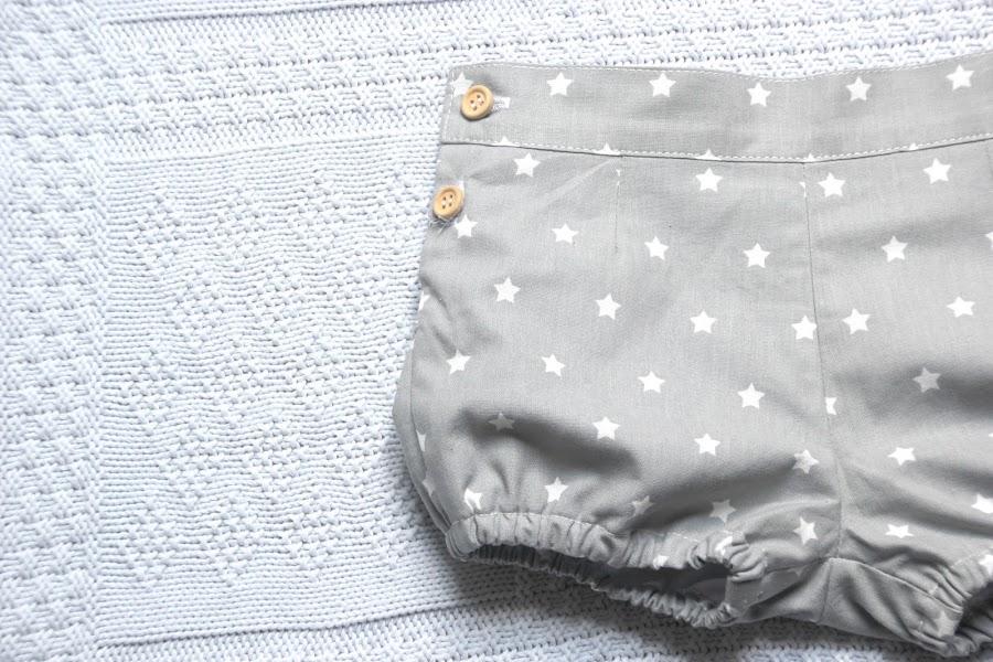 DIY Tutorial y patrones de ropa para bebes. Como hacer pantalones de niño.