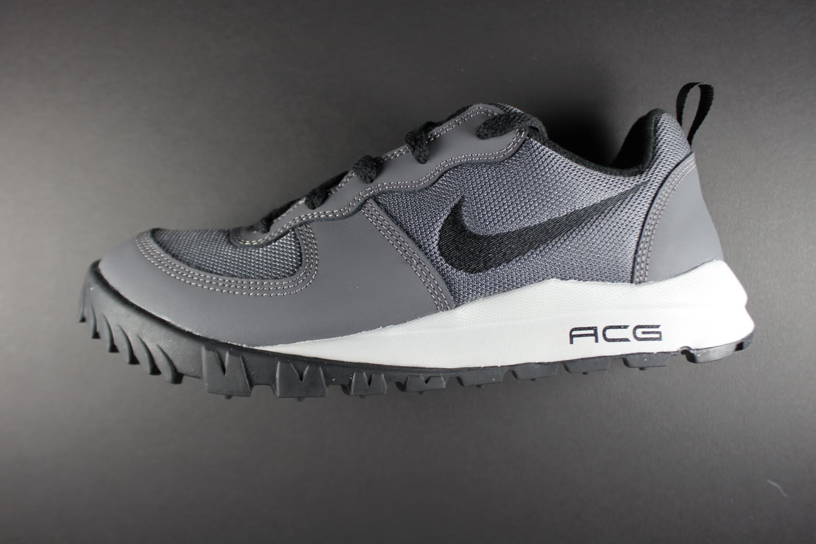 Nike Shoes Highpoint