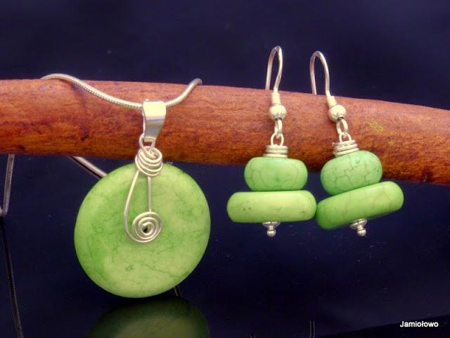 komplet z zielonych howlitów w srebrze