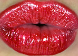 Mac - Viva glam - Lipstick - lipglass - lipgloss - collection - red lips - Rhianna - Riri - Swatches - review