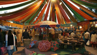 dilli haat,delhi tourist spots,shopping point in delhi,dilli haat location