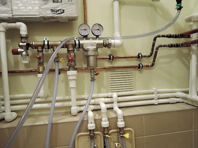 Строительство дома: сантехника и водопровод
