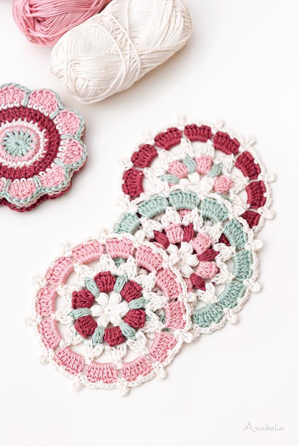 Circular Motif 3 - 2018 pattern by Anabelia Craft Design