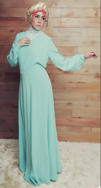 Trend Model Baju Muslim Risty Tagor Terbaru