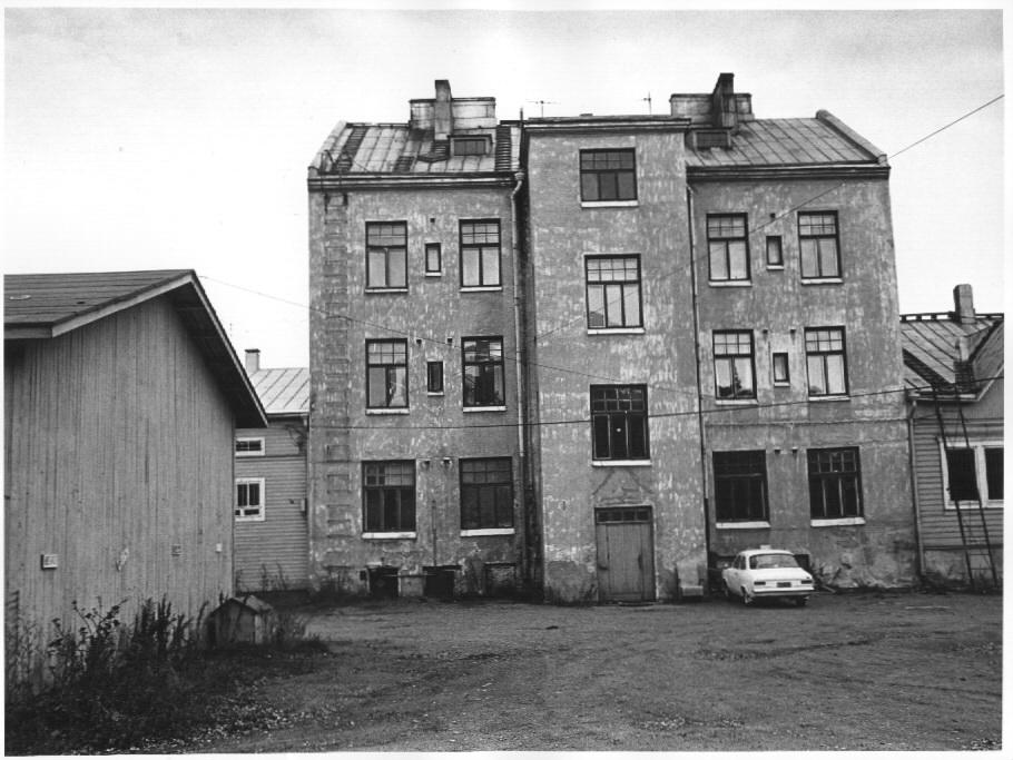 KOPin jugend-pankkikonttori 1911 oli Heikki Kaartisen käsialaa 72db7662cc