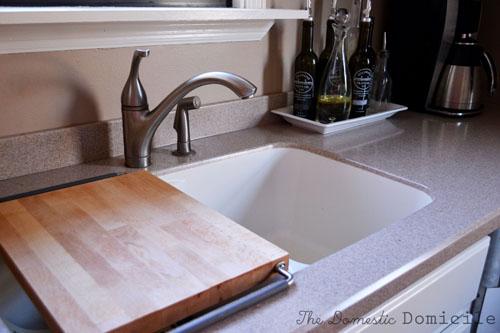 white kitchen cabinet reveal the domestic domicile. Black Bedroom Furniture Sets. Home Design Ideas