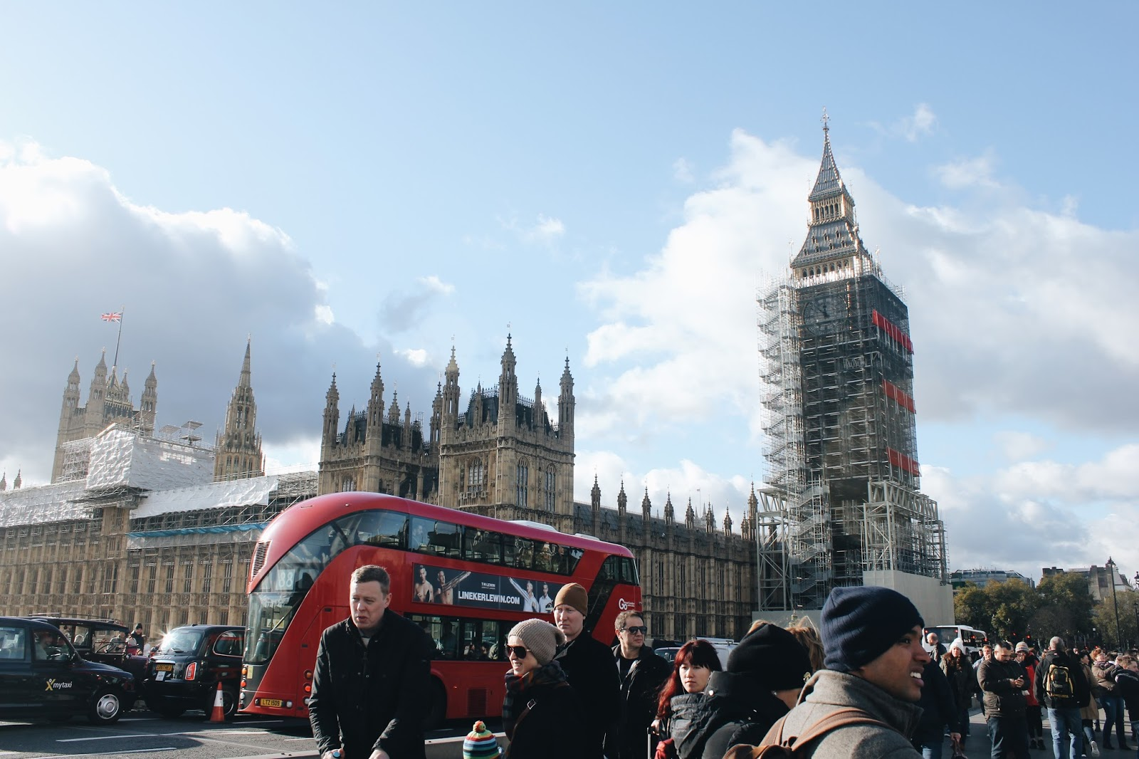 London, England: 3-Day Travel Guide (For Couples or Solo Explorers!)