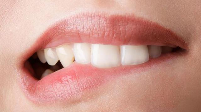 Rangkaian Perawatan Bibir Terbaik Untuk Remaja