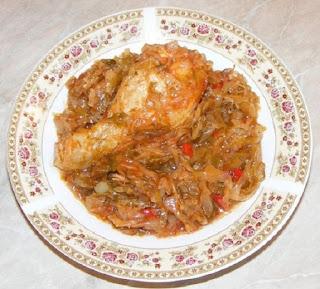 mancare de varza, varza cu carne, varza calita, retete, retete culinare, retete de mancare, varza cu carne de pui, mancaruri cu carne, retete cu pui, preparate din pui, bucataria romaneasca,