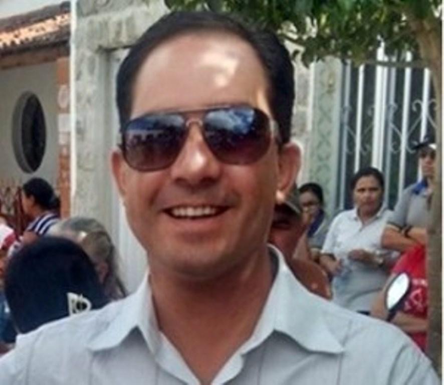 Médico Ítalo Siqueira confirma pré-candidatura a prefeito em Juazeirinho