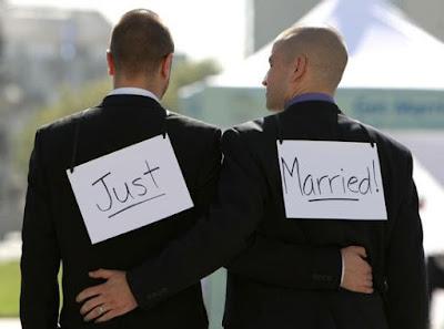 Deux homosexuels Marocains finissent en prison après une mauvaise blague à la police.
