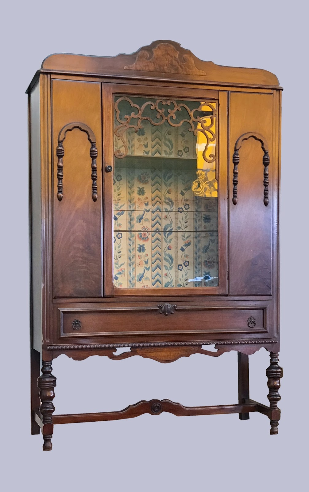 Uhuru Furniture Collectibles Vintage 1930s China Cabinet 125 Sold